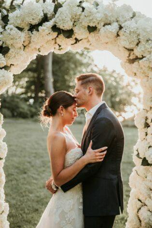 Micro Wedding Gabriella Mira Bride